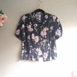 3/$30 Vintage Black Floral Button Down Top Size SP